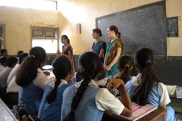স্কুল শিক্ষক নিয়োগে ফের জটিলতা, ফল প্রকাশে নিষেধাজ্ঞা হাইকোর্টে