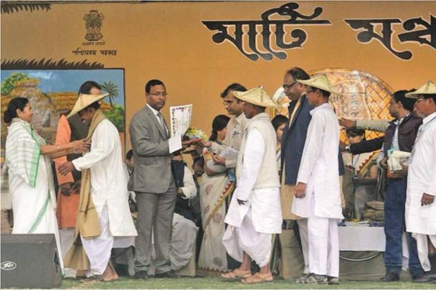''মোদিবাবুর নোট বাতিলের দু'মাস আর সাধারণ মানুষের সর্বনাশ '' : মুখ্যমন্ত্রী
