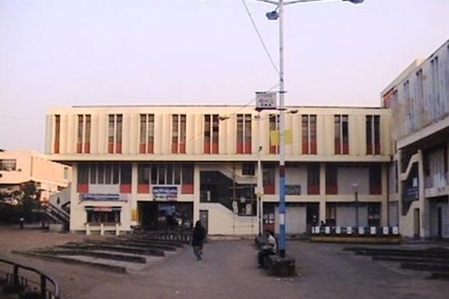 দুর্গাপুর মহকুমা আদালত থেকে কাঁকসা ও বুদবুদ থানাকে বাদ দেওয়ায় কর্মবিরতি