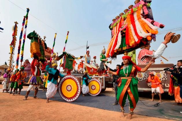 একইসঙ্গে স্কিল ইন্ডিয়া, বেটি বাঁচাও বেটি পড়াও থিমের ট্যাবলোও দেখতে পাওয়া যাবে ৷  Picture Courtesy PTI