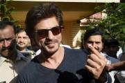 ভোট দিলেন কিং খান ৷ Photo- PTI