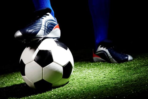 ফুটবলের টুকরো খবর