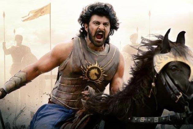 Baahubali 2 Review: কাটাপ্পা মারেনি বাহুবলিকে ! ছবি জুড়ে প্রশ্ন রয়েছে আরও অনেক !