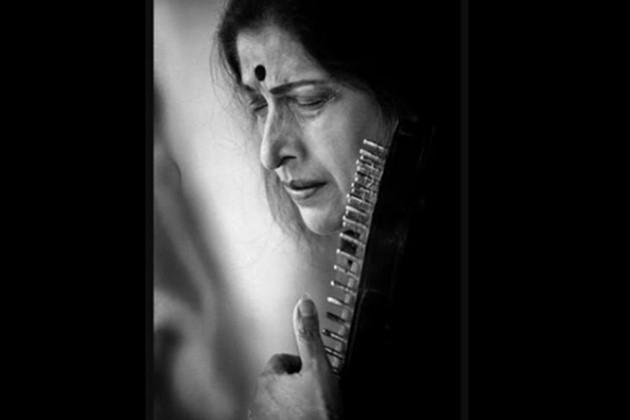 প্রয়াত শাস্ত্রীয় সঙ্গীত শিল্পী কিশোরী আমোনকর