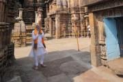 শনিবারই ভুবনেশ্বরে পৌঁছেছেন প্রধানমন্ত্রী নরেন্দ্র মোদি ৷ রবিবার সকালেই দর্শন করলেন ভুবনেশ্বরের লিঙ্গরাজ মন্দির ৷ পুজোও দিলেন সেখানে ৷    Photo: Twitter