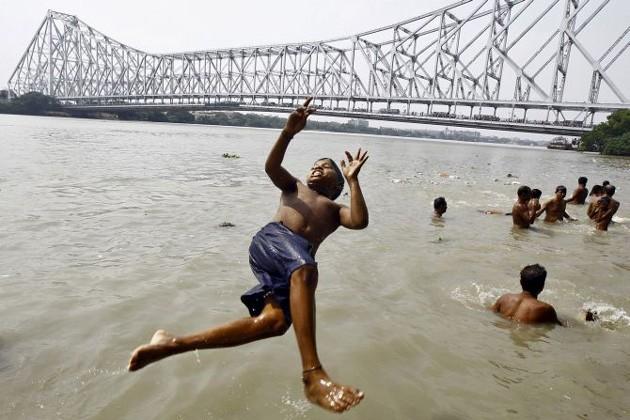 আজও সারাদিন অস্বস্তিকর গরম কলকাতায়