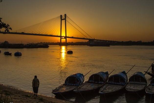 আজ উত্তরবঙ্গে ঝড়-বৃষ্টি, কলকাতায় আবহাওয়ার কী পূর্বাভাস ?