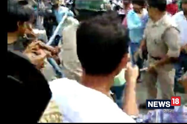 দিনহাটায় তৃণমূল-বিজেপি সংঘর্ষ, লকেট ও জয়প্রকাশের বিরুদ্ধে FIR
