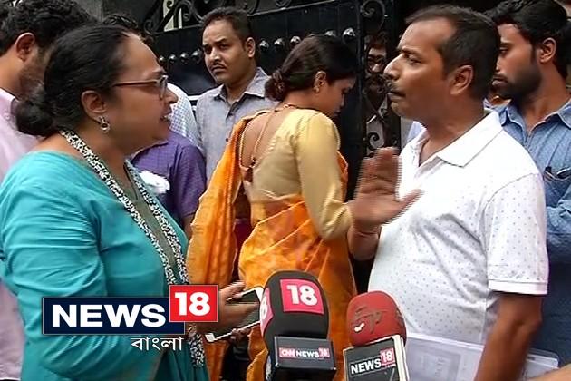 RSS সংগঠনের গর্ভ সংস্কার কর্মশালা ঘিরে গন্ডগোল, চাইল্ড রাইট প্রোটেকশান চেয়ারপার্সনকে মেলায় ঢুকতে বাধা