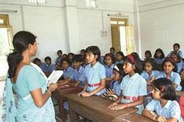 অনুমোদনহীন ৫০০ বেসরকারি স্কুলের বিরুদ্ধে শাস্তিমূলক পদক্ষেপ নিতে চলেছে সরকার