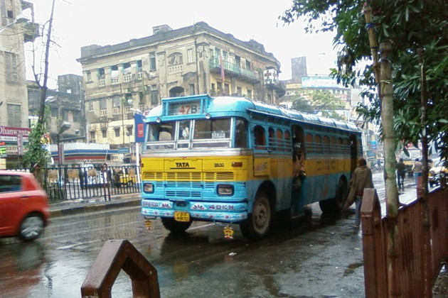 কলকাতায় শুরু বৃষ্টি, উত্তরবঙ্গের পাঁচ জেলায় ভারী বৃষ্টির পূর্বাভাস