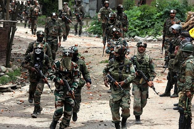 জঙ্গি হামলার পর দিল্লি পাবলিক স্কুলে আশ্রয় সন্ত্রাসবাদীদের, চলছে সেনা-জঙ্গি গুলির লড়াই
