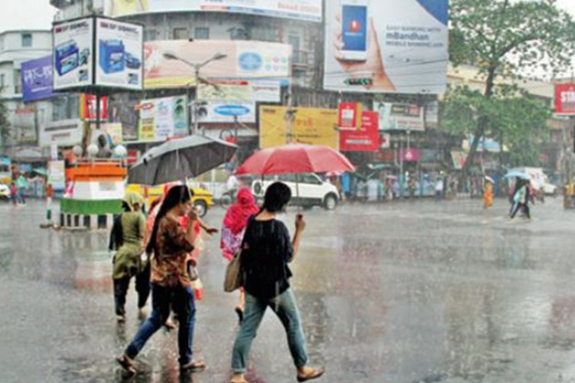 আজও বৃষ্টির সম্ভাবনা কলকাতা-সহ দক্ষিণবঙ্গে