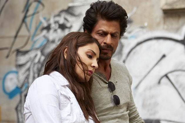 Jab Harry Met Sejal movie review: এবারটাও পারলেন না শাহরুখ খান!