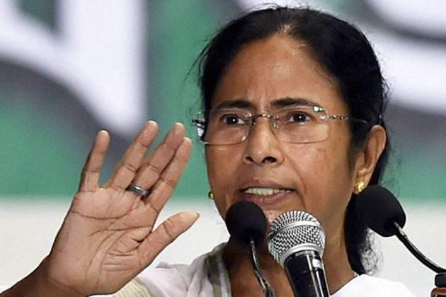 'দুর্গাপুজোর বিসর্জনের দিনক্ষণকে টেনে রাজনৈতিক চক্রান্ত করছে সংঘ পরিবার': মমতা
