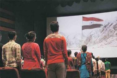 সিনেমা হলে ভুল উচ্চারণে জাতীয় সঙ্গীত, প্রতিবাদে মুখর কলকাতার শিল্পীমহল