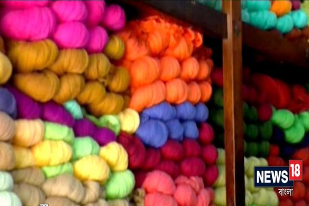জিএসটির চাপে নাভিশ্বাস তাঁত ব্যবসায়ীদের, কমছে হ্যান্ডলুম শাড়ির ক্রেতার সংখ্যা