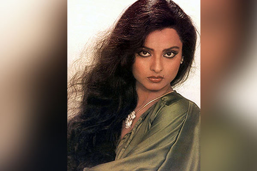 Rekha-Biography-2