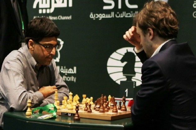 Viswanathan Anand (left) beat Vladimir Fedoseev in a two-game tie-break to win the World Rapid and Blitz Championship in Riyadh. Photo Courtesy: Getty Images