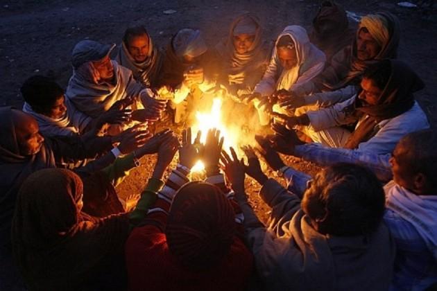তাপমাত্রা কমলেও, জাঁকিয়ে শীত পড়বে না বড়দিনেও