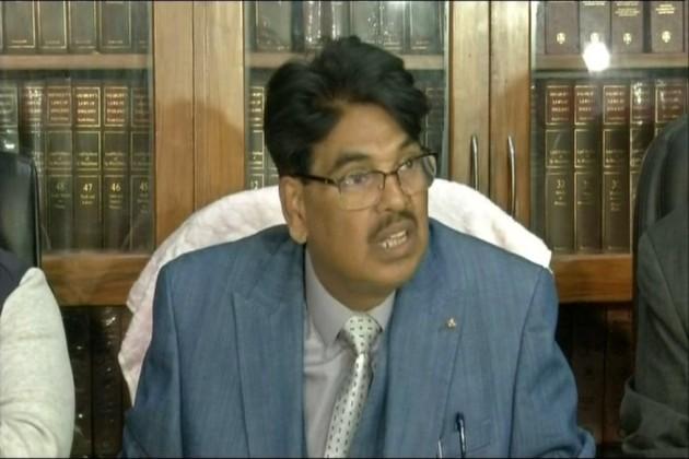 সুপ্রিম কোর্টে 'মহাবিদ্রোহ', দুই সুর বার কাউন্সিল ও অ্যাসোসিয়েশন