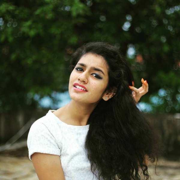 priya-prakash-varrier16