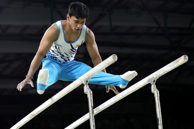 কমনওয়েলথ গেমসে পুরুষদের জিমন্যাস্টিকস প্রতিযোগিতায় ভারতের আসিস কুমার (Photo: AP)