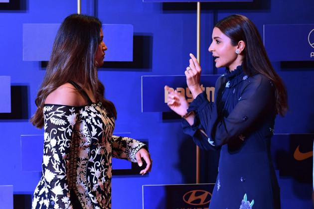 বিসিসিআই বার্ষিক অনুষ্ঠানে দীপিকা পাল্লিকাল ও আনুষ্কা শর্মা (Photo: PTI)