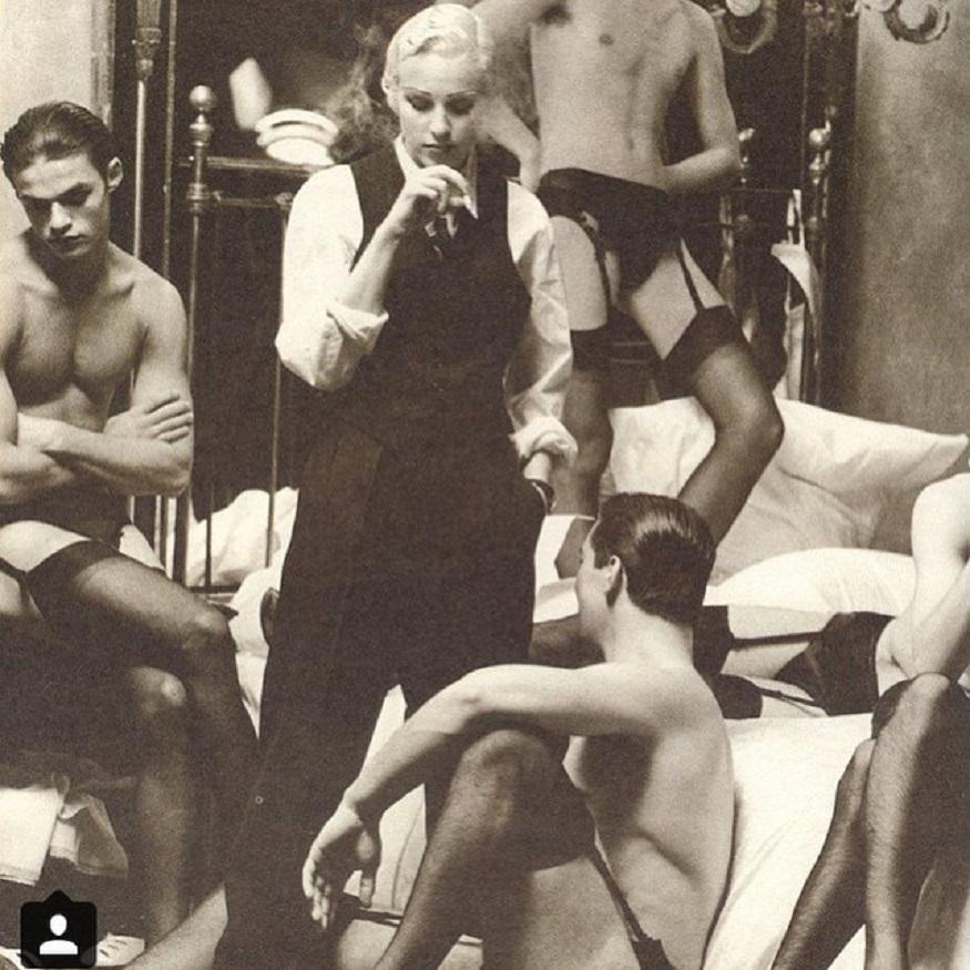 তখন হলিউড তারকা ওয়ারেন বেটি ছিলেন এককথায় নারীদের 'হার্টথ্রব'। ম্যাডোনা তাঁর সঙ্গে অভিনয় করলেন ডিক ট্রেসি ছবিতে। ১৯৮৯-৯০ সাল পর্যন্ত ম্যাডোনাও বেটির প্রেমে মুগ্ধ ছিলেন। ছবি: ইনস্টাগ্রাম ৷