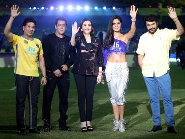 সলমন-ক্যাটরিনার 'ডুয়াল' ধমাকায় জমজমাট ISL 4 উদ্বোধন
