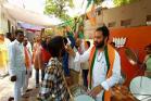 LIVE: হায়দরাবাদের বিজেপি অফিসের বাইরে জয়ের উৎসব