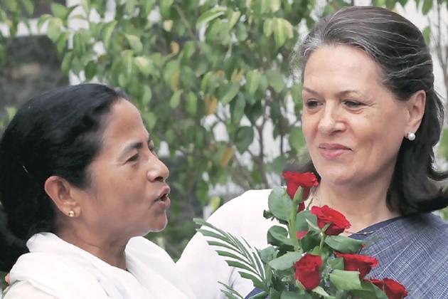 আজ দিল্লিতে মুখোমুখি সোনিয়া-মমতা