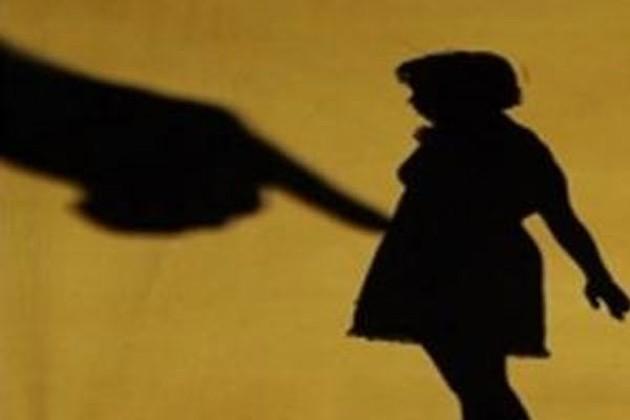 শিশুর আঁকা ছবির দেখেই ধর্ষককে সাজা দিলেন বিচারক