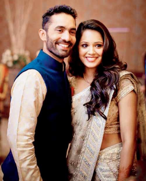 indian-cricketers-wags-5301f0b70880a