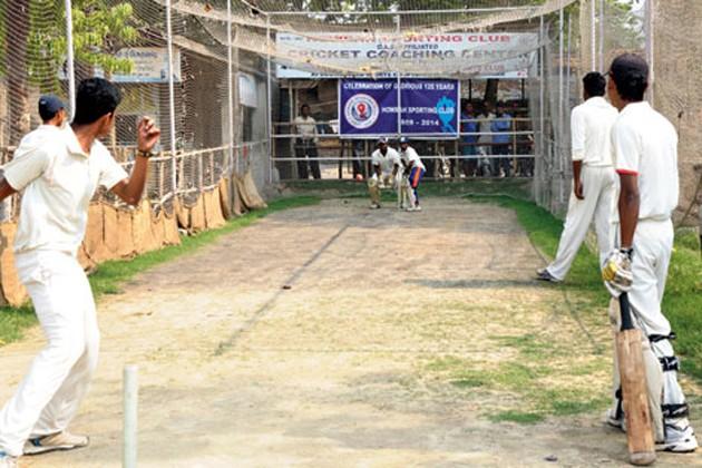 নোট বাতিলের কোপ কলকাতার ক্লাব ক্রিকেটে ! অনুশীলন চালাতেই হিমসিম ছোট ক্লাবেরা