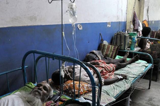 গাফিলতিতে শাস্তি সরকারি হাসপাতালকে, ব্যবস্থা চিকিৎসক ও নার্সের বিরুদ্ধে