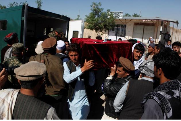 ফের রক্তাক্ত আফগানিস্তান, মাজার-ই-শরিফে হামলায় নিহত বেড়ে ১৪০