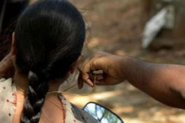 টার্গেট সোনার হার, ছিনতাইবাজের দাপটে নাজেহাল শহরবাসী