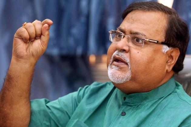 'টাকা নিয়ে ভর্তি নয়', ছাত্র নেতাদের ধমক দিলেন পার্থ চট্টোপাধ্যায়