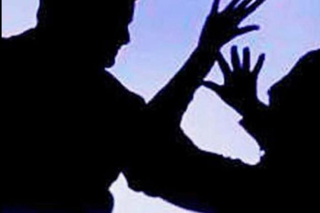 জমি নিয়ে দুই ভাইয়ের মধ্যে গন্ডগোল, আহত ৭ জন