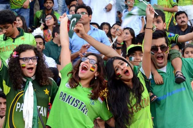 পাকিস্তানের মাটিতে ফিরছে আন্তর্জাতিক ক্রিকেট , বিশ্ব একাদশের দলে নেই ভারতের কোনও ক্রিকেটার