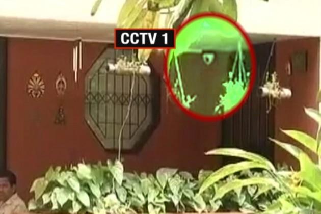 কীভাবে খুন হলেন গৌরী লঙ্কেশ? CCTV-তে ধরা পড়ল আততায়ীদের ছবি