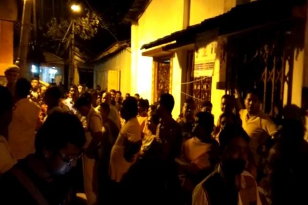 পাইকপাড়ায় বাড়ি থেকে উদ্ধার মহিলার গলাকাটা দেহ