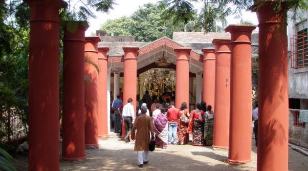 কলকাতার পয়লা: সাবর্ণদের ভিটেতে প্রথম শুরু হল দুর্গাপুজো