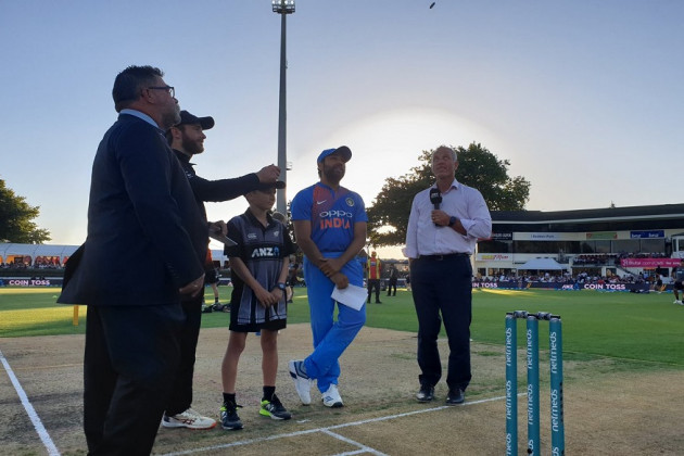 India vs New Zealand, 3rd T20I at Hamilton: টস জিতে ফিল্ডিং করছে ভারত