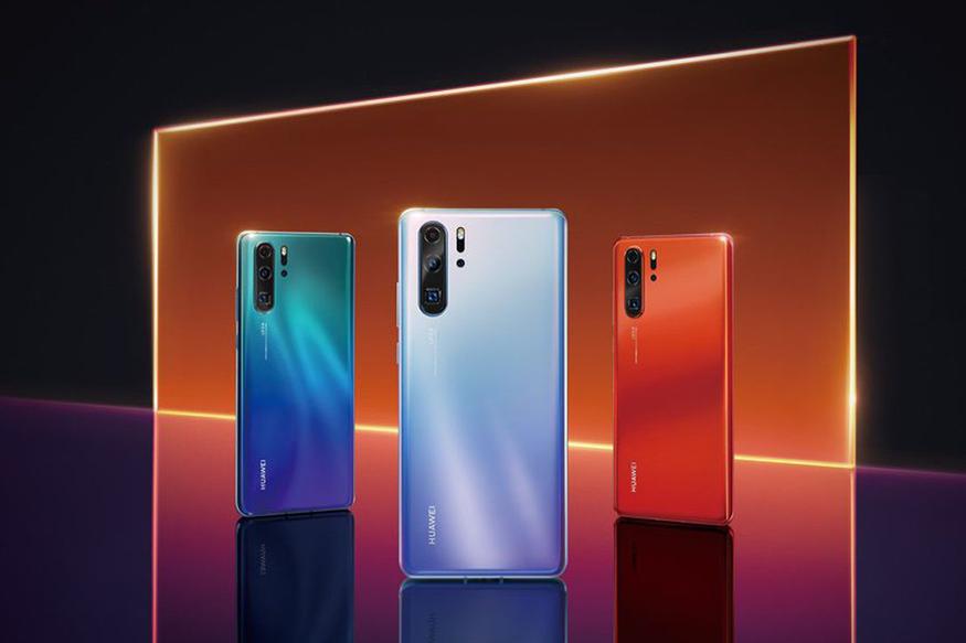 এপ্রিল মাসের শুরুতে লঞ্চ হয়েছে Huawei-এর ফ্ল্যাগশিপ মডেল Huawei P30 Pro আর Huawei P30। ১৫ এপ্রিল, পয়লা বৈশাখ এর দিন থেকে বিক্রি শুরু হল Huawei P30 Pro।