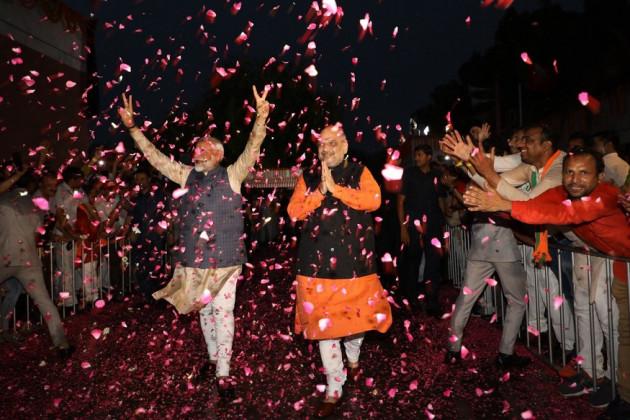 সরকার গঠনের তোড়জোর গেরুয়া শিবিরে,চলতি মাসের শেষেই শপথ গ্রহণের সম্ভাবনা