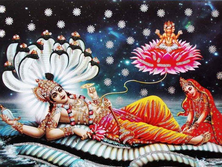ধর্মীয় বিশ্বাস অনুযায়ী, সায়নী একাদশী তিথিতে ভগবান বিষ্ণু তাঁর নিদ্রা শুরু করেন। এবং বিষ্ণুনিদ্রা ভঙ্গ হয় প্রবোধিনী একাদশীতে। এই চার মাস ভারতে বর্ষা ঋতু। এই ঋতুতে দেবদেবীদের বিব্রত করা নিষিদ্ধ। এই চারমাসে বিবাহাদি শুভকাজও নিয়ন্ত্রিত বলে ঘোষণা করে স্মৃতিশাস্ত্রগুলি।