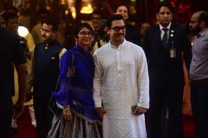 Isha Ambani Wedding: জুটিতে লুটি, পোশাক থেকে চুমু, ইশার বিয়েতে কোন দম্পতি করলেন বাজিমাত !
