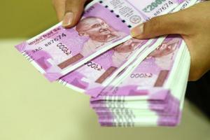 মাত্র ₹২৫০-এ খাতা খুলে মেয়ে বড় হলেই হাতে ₹৫০ লক্ষ!